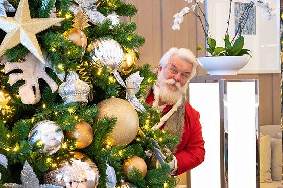 Santa (hi res)-5.jpg