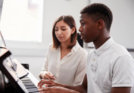 It's Never Too Late To Get Piano Lessons From A Great Instructor
