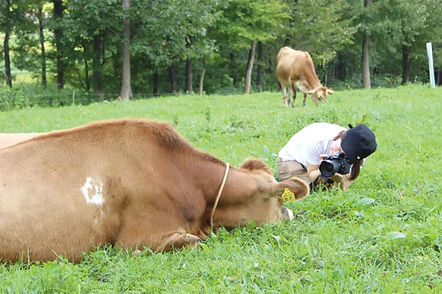 「いただきます」を世界共通語へ。家畜写真家AKAPPLE(あかっぷる)瀧見明花里