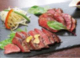 肉バル 黒毛牛ステーキ