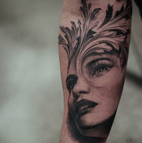 burlesque girl tattoo