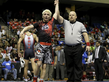 Bowie's Moreno completes a long, painful climb to UIL wrestling title