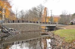 IMG_3039  Montebello Bridge  2016