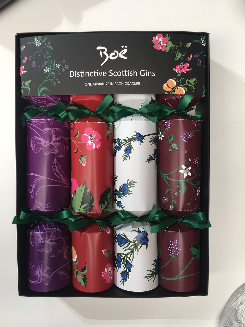Christmas crackers filled with mini gin drinks from Boe Gin