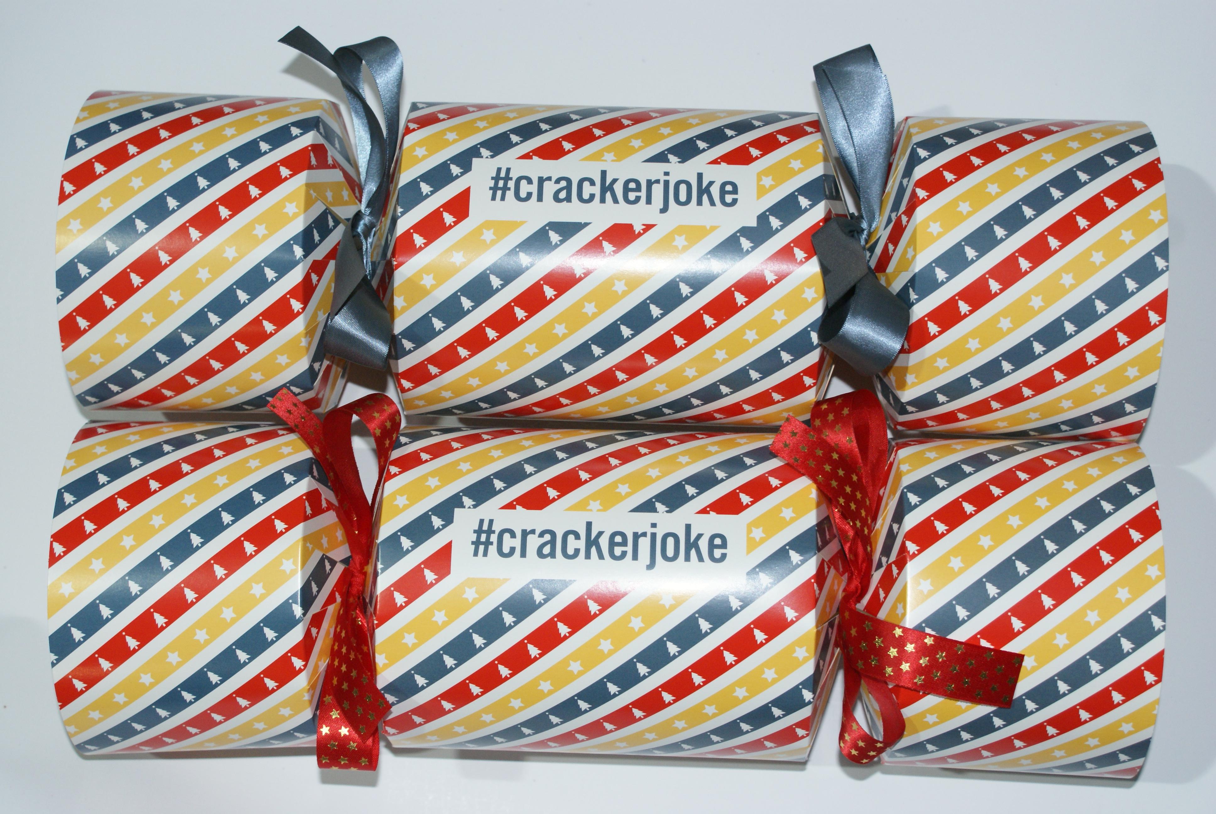 #crackerjoke (4)