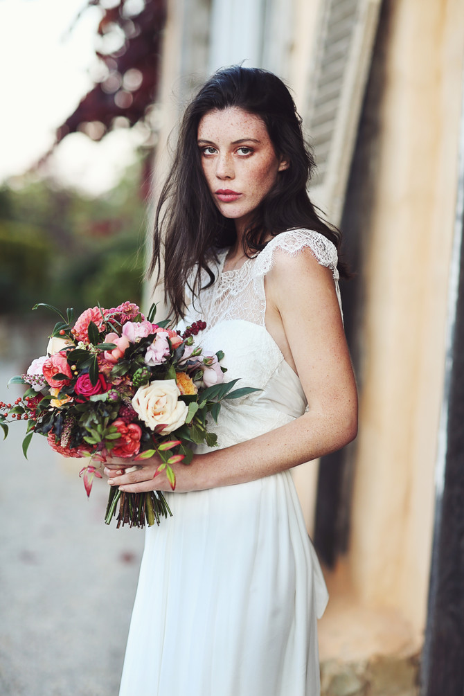 Moody Brights Autumn Bridal Inspiration