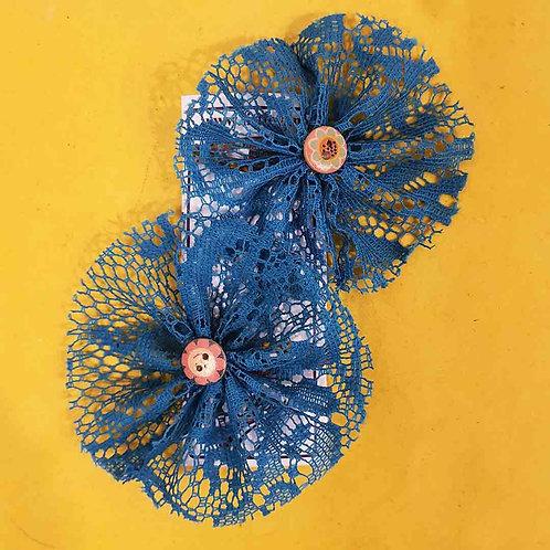 Blue net flower hairclips