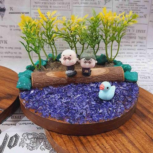 Cute dada-dadi miniature