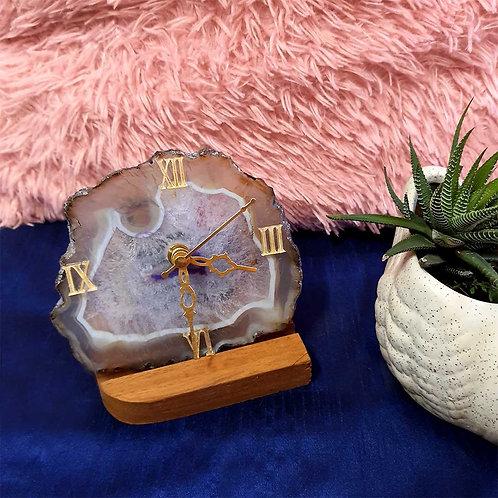 Flint effect agate stone clock