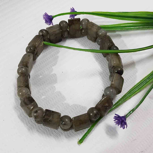 Sap green Labradorite bracelet