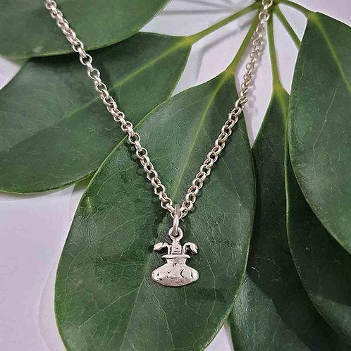 Independent Aquarius pendant
