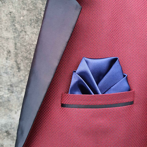 Perfect wrap pocket square