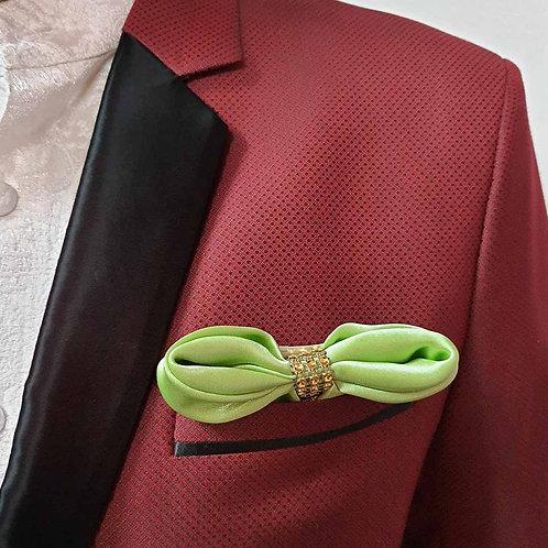 European bow pocket sqaure