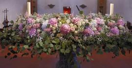 Autel fleuri