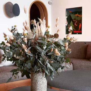 Bouquet d'eucalyptus et de graminées