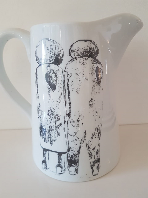LARGE WHITE JUG 190mm x 100mm