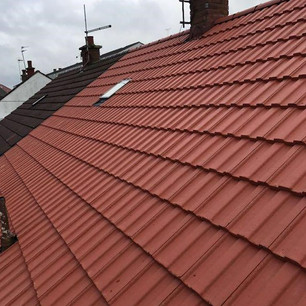 Tiled roof replacement services near Glasgow
