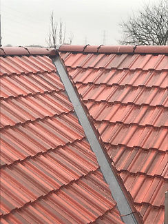 red tiled roof glasgow roofing services