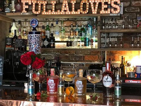fullaloves3.jpg