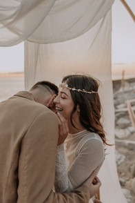 Matrimonio in spiaggia nelle Marche Baia Vallugola (6).jpg