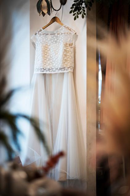 Bianca Collezione Milano abito da sposa appeso