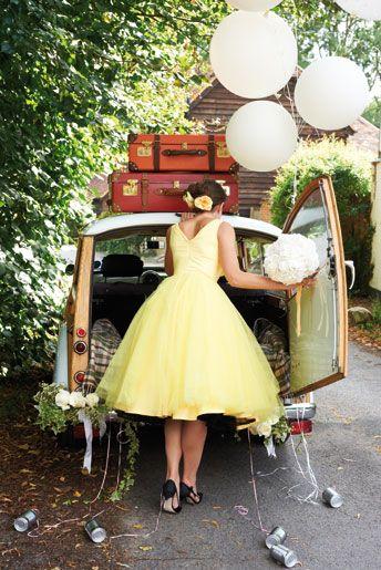 Matrimonio dolci come il miele: sposa vestita di giallo