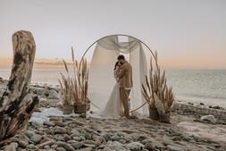 Matrimonio in spiaggia nelle Marche Baia Vallugola (20).jpg