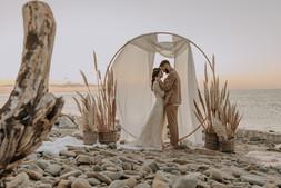 Matrimonio in spiaggia nelle Marche Baia Vallugola (19).jpg