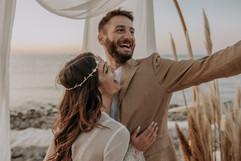 Matrimonio in spiaggia nelle Marche Baia Vallugola (16).jpg