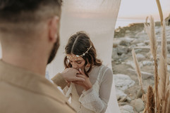 Matrimonio in spiaggia nelle Marche Baia Vallugola (26).jpg