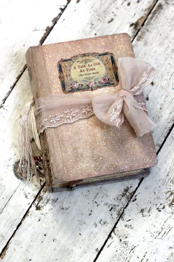 10 Idee regalo di Natale per la sposa: Album foto stile shabby