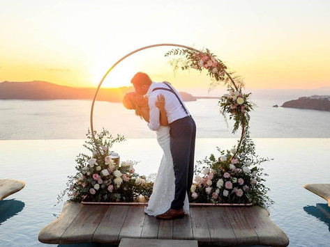 Sposarsi a Santorini: matrimonio per pochi intimi