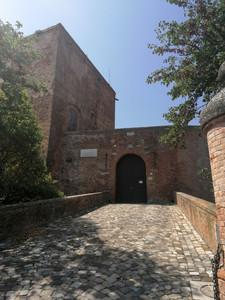 Il ponte di accesso al Castello di Santarcangelo