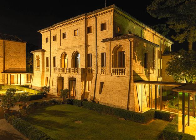 Villa Berloni di sera