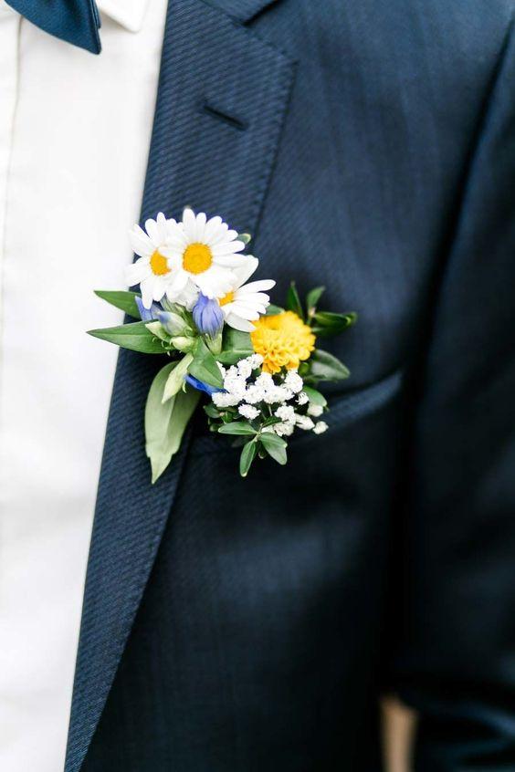 Matrimonio a tema margherite: bottoniera elegante