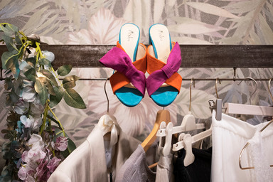 Cokelicò Boutique scarpe colorate fucsia arancione e blu