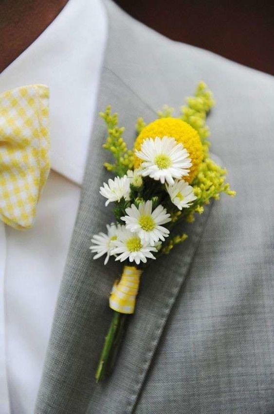 Matrimonio a tema margherite: bottoniera con craspedia