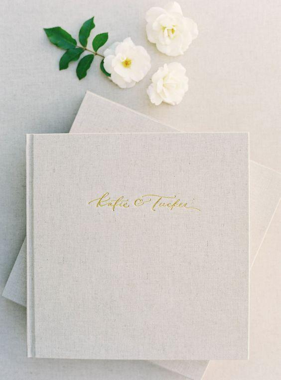 10 Idee regalo di Natale per la sposa: Album foto classico