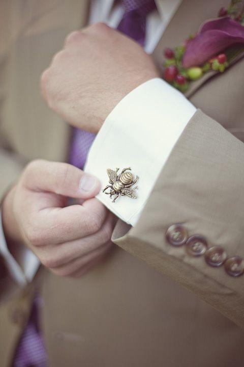 Matrimonio dolci come il miele: gemello sposo con ape