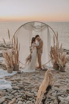 Matrimonio in spiaggia nelle Marche Baia Vallugola (1).jpg