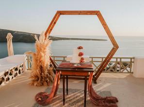 Sposarsi a Santorini: quanto costa?