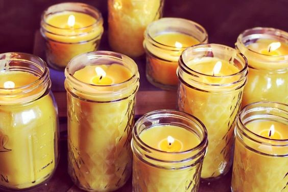 Matrimonio dolci come il miele: candele gialle