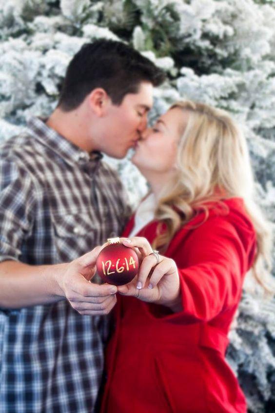 10 Idee regalo di Natale per la sposa: Foto Save the Date