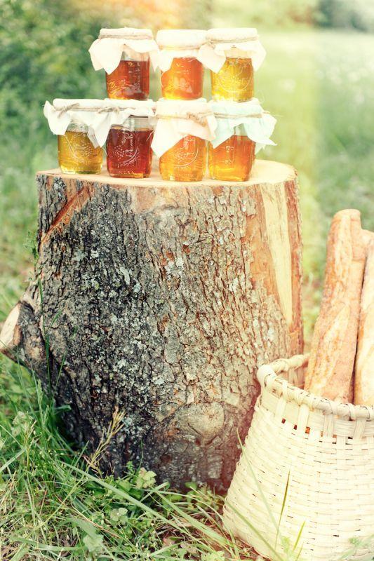 Matrimonio dolci come il miele: vasetti di miele per ospiti