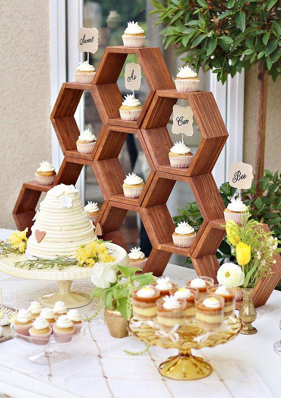 Matrimonio dolci come il miele: wedding cake e sweet table api