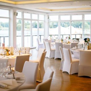 Hochzeit-im-Seepavillon-am-Fuehlinger-Se