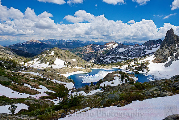 Summertime at Minaret Lake