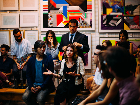 20 Conversation Starters for Networking Events