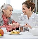 Feeding-Senior-with-Dementia.jpg