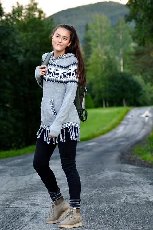 Lang genser med mønster